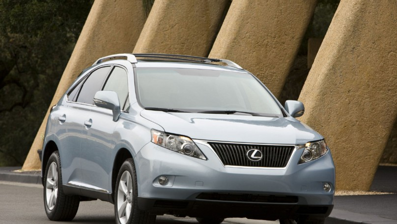 Toyota to expand Lexus production in Canada