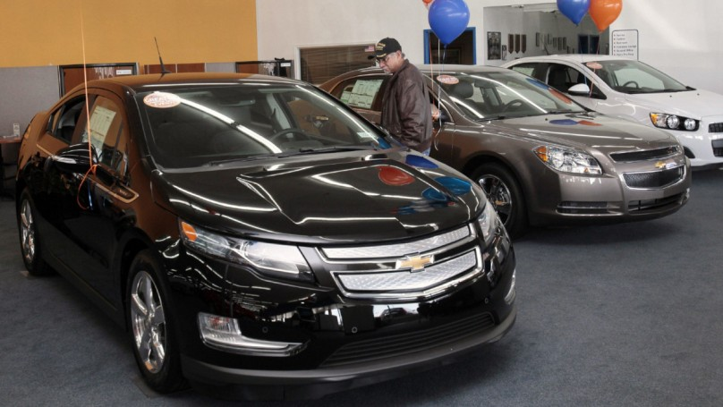 GM disputes claim it loses $49,000 on every Volt