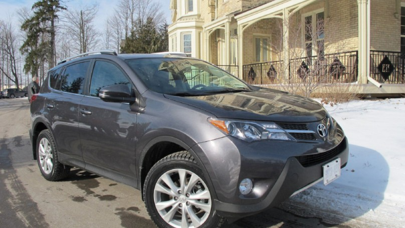 2014 Toyota RAV4: Raves for Rav's efficiency, rear door