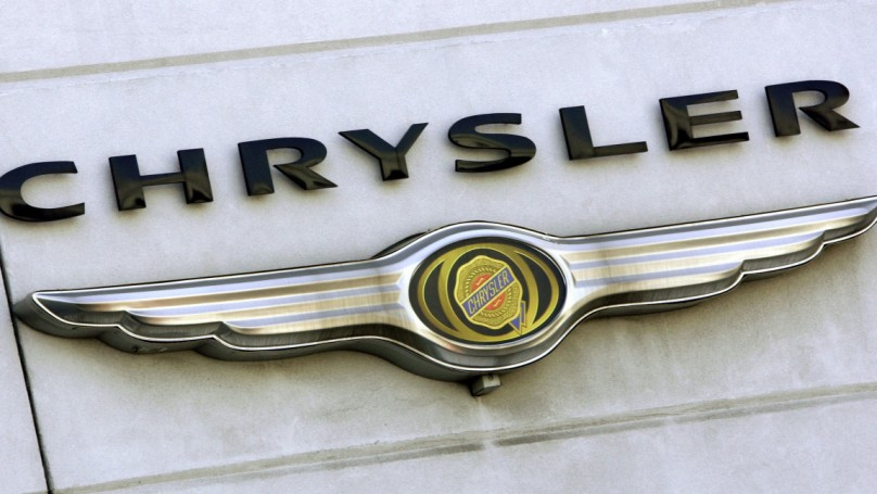 Chrysler recalls some Challengers, tells owners to stop driving