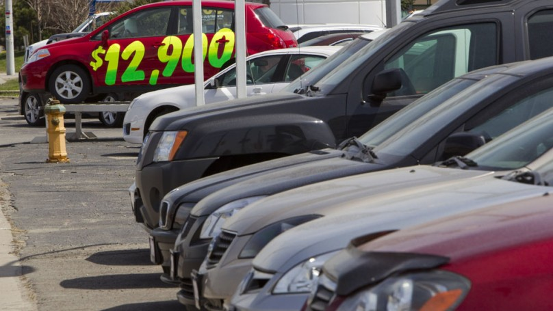 Dealer's Voice: <br>Buying privately?<br>Beware of curbsiders