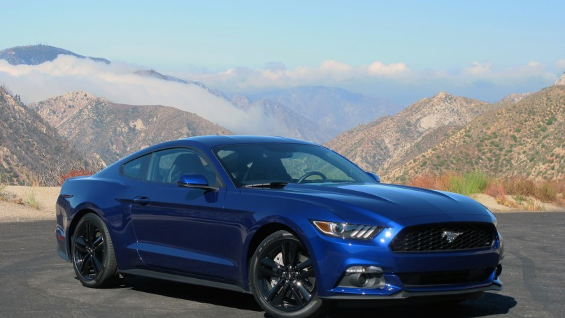 2015 ford mustang gallops into a new era - 2015 Ford Mustang Ecoboost Performance Package