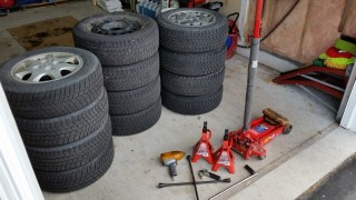 Seasonal_Tire_Swap