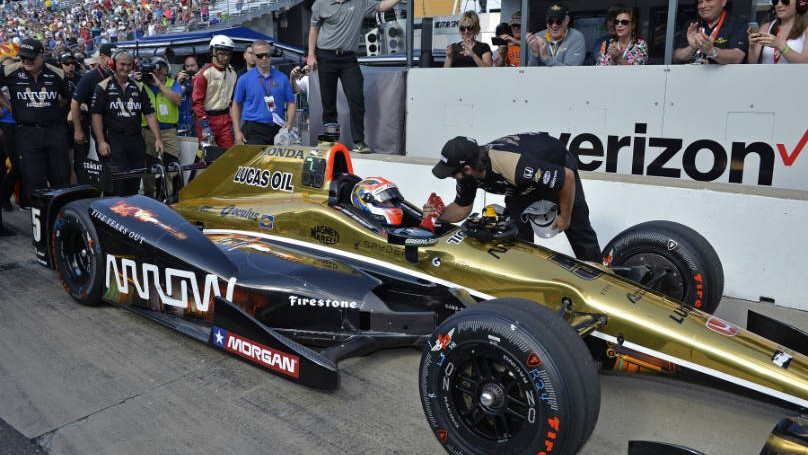 Hinchcliffe on Indy pole