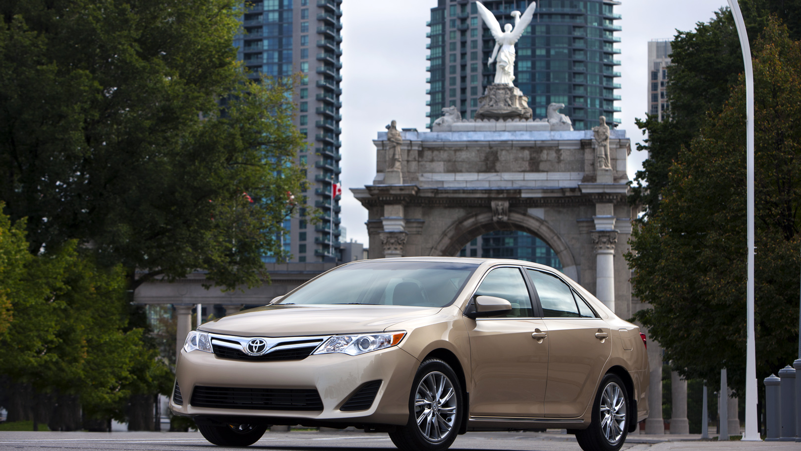 Buying used 2012 16 toyota camry
