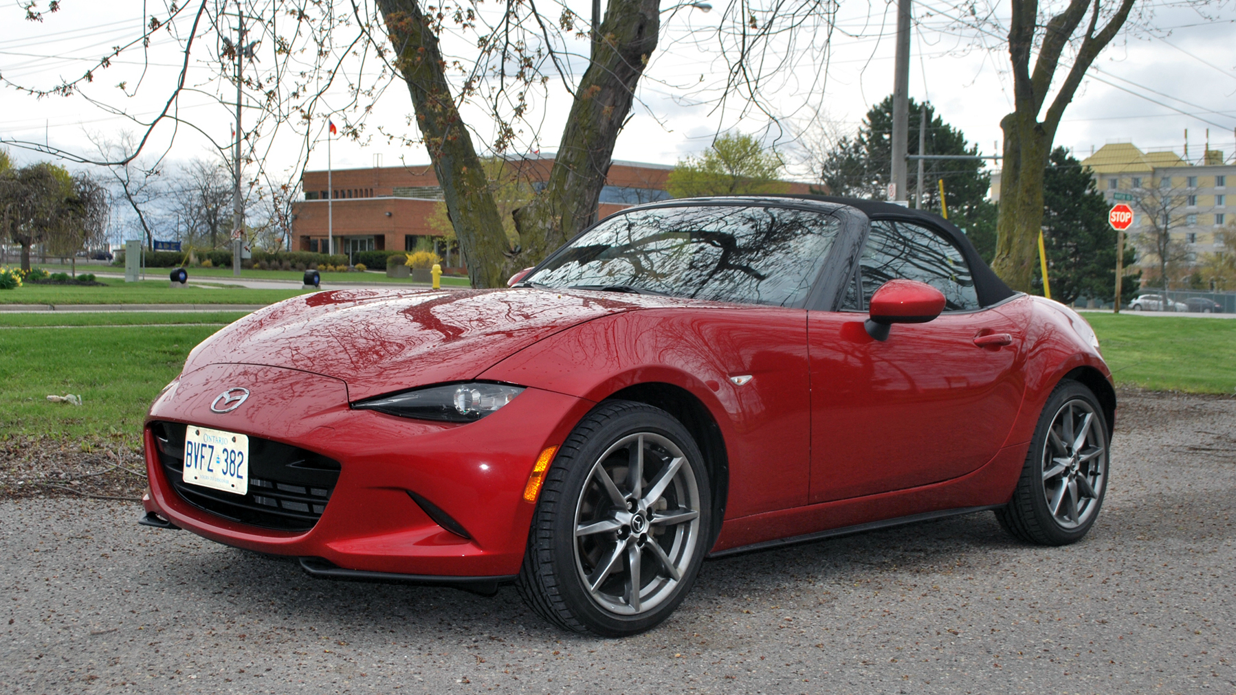 2017 Mazda MX-5 GT Review