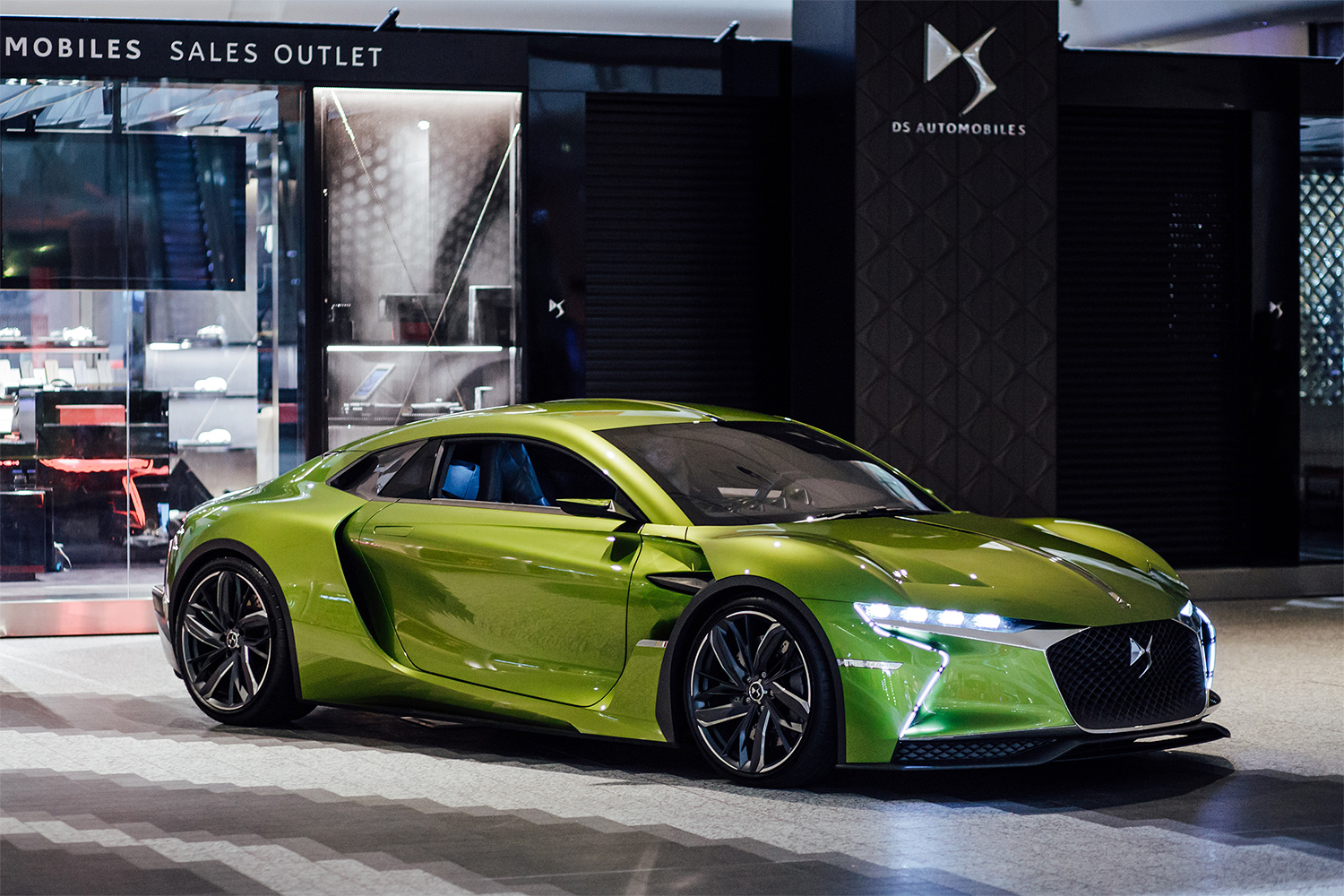 TrackWorthy - DS E-Tense at DS Urban Store in Westfield London (1)