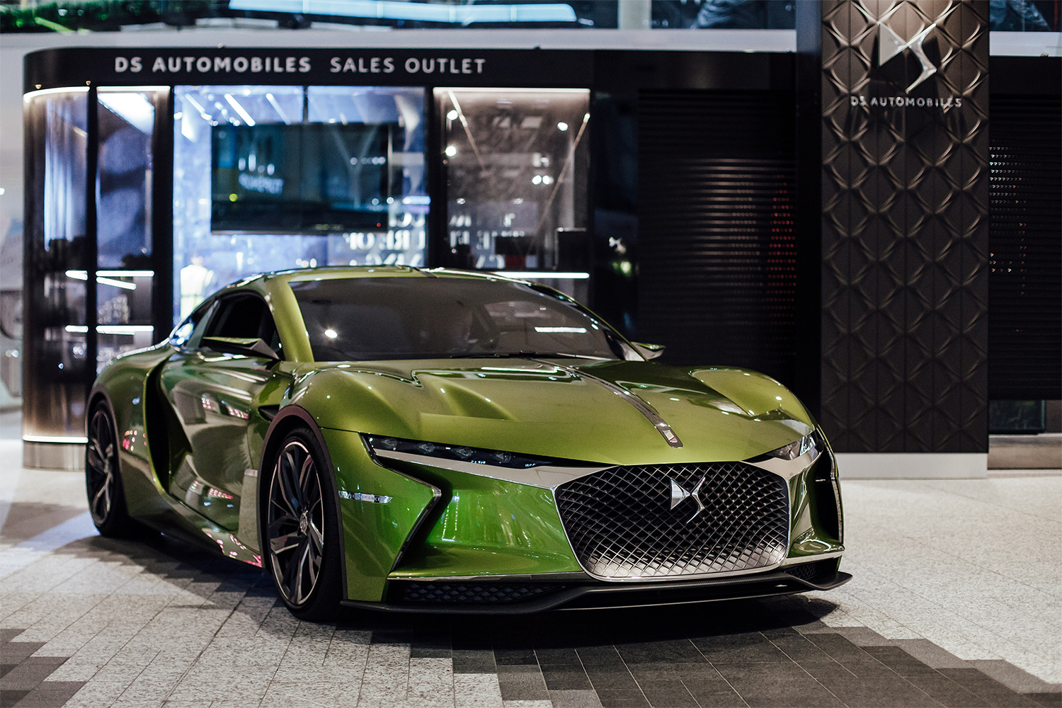 TrackWorthy - DS E-Tense at DS Urban Store in Westfield London (5)