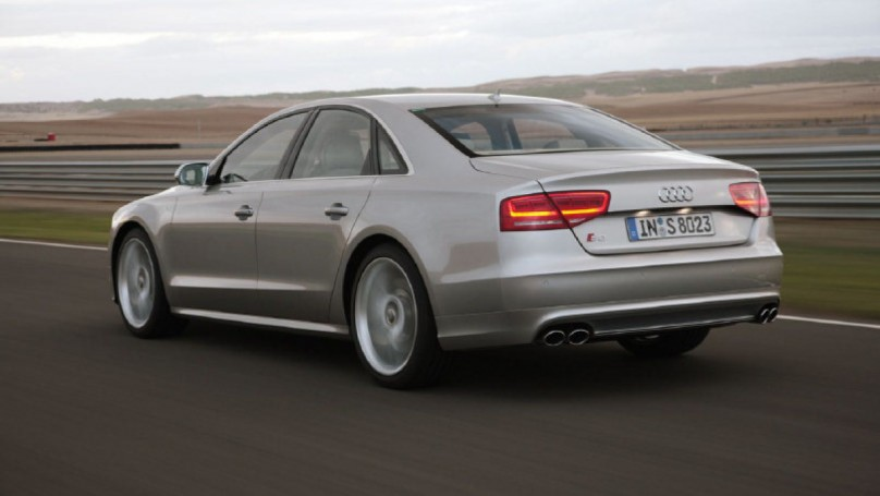 Audi S8 gets new technology for 2012