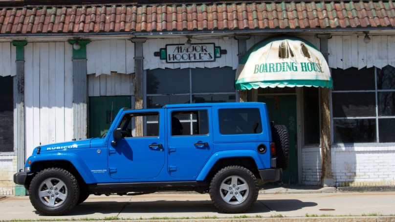 Quick review: Roomy Jeep Wrangler surprises on road trip