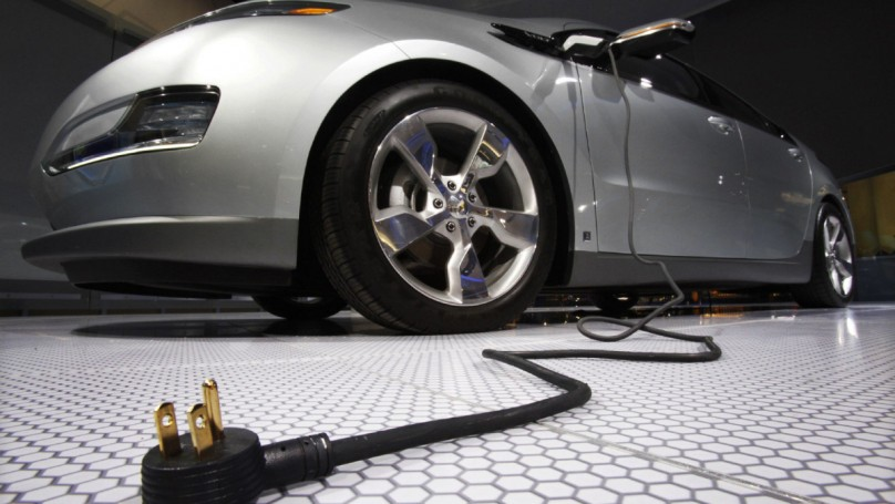 GM fixing 2013 Volt software glitch that affects motor