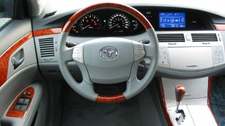 2005-2012 Toyota Avalon: All-American Toyota a bit too authentic