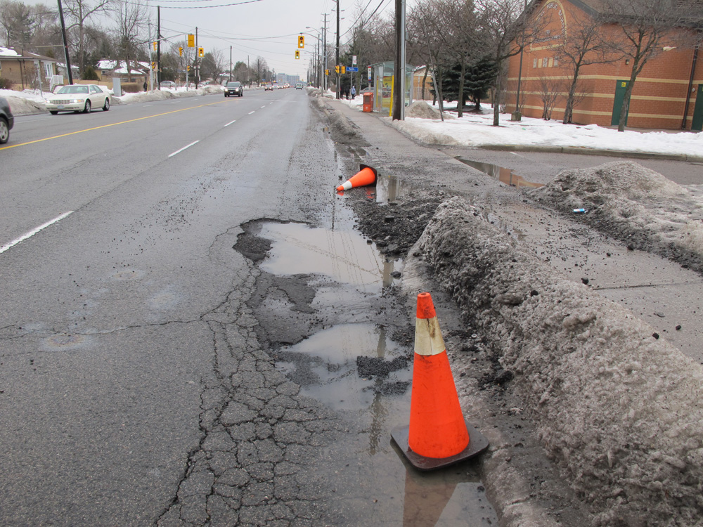 10 tips to avoid a pothole disaster