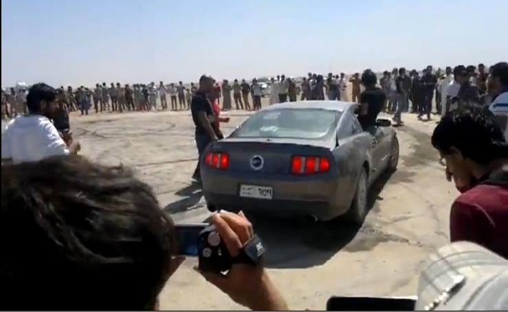 Iraqi desert burnout video proves we are all brothers