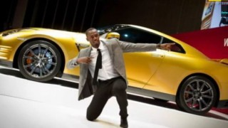 Usain Bolt gets gold Nissan GT-R