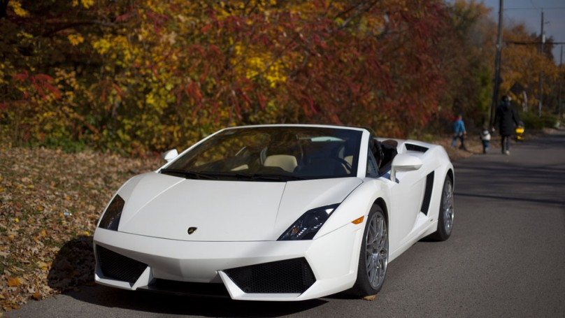 Exotic car rentals put you <br>in luxurious leather driver's seat