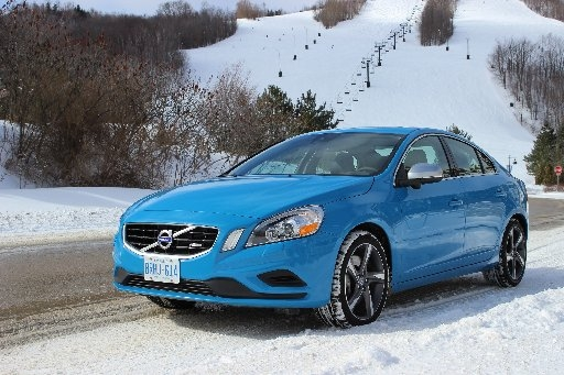 Volvo S60 All pumped up without the paddles
