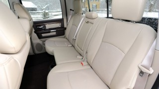 Ram 1500 Laramie Crew Cab 4X4 2014 At A Glance