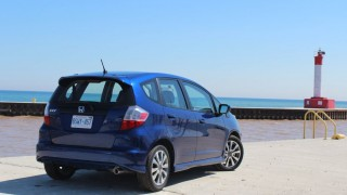 Review: 2014 Honda Fit Sport AT Long in the tooth, high on utility