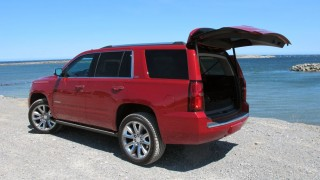 Chevrolet Tahoe and Suburban: Chevrolet reworks its full-size SUVs for 2015