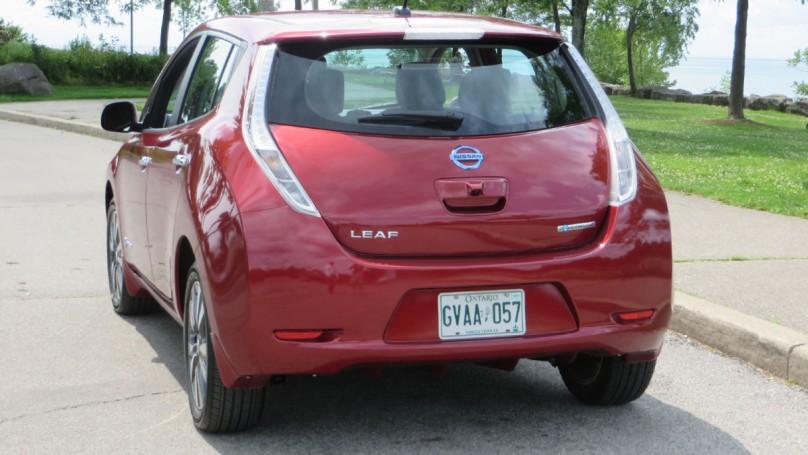 Preview: 2015 Nissan Leaf