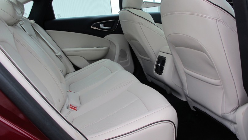 2015 Chrysler 200 C AWD Review