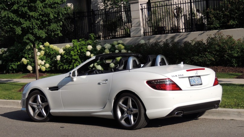 2014 mercedes benz slk 350 roadster and e 350 cabriolet for Mercedes benz hardtop convertible 2014