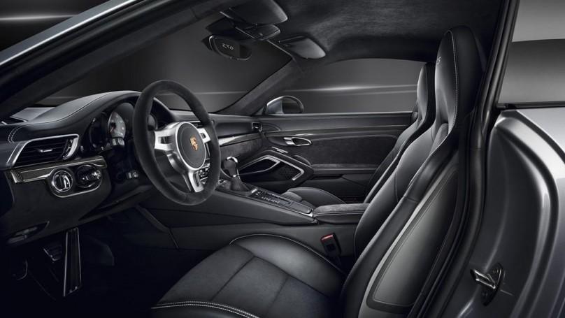 Porsche 911 Carrera GTS: Four New Models