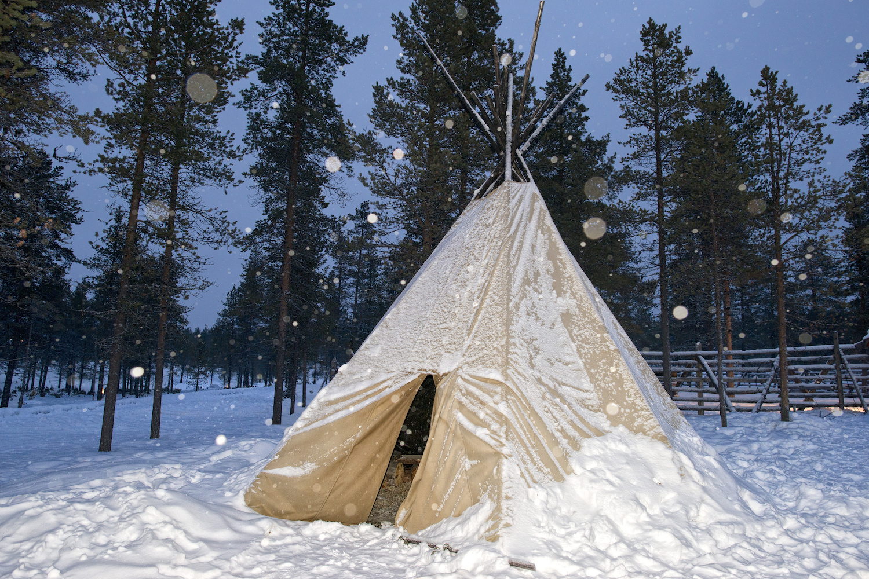 Top 10 winter camping destinations in Ontario
