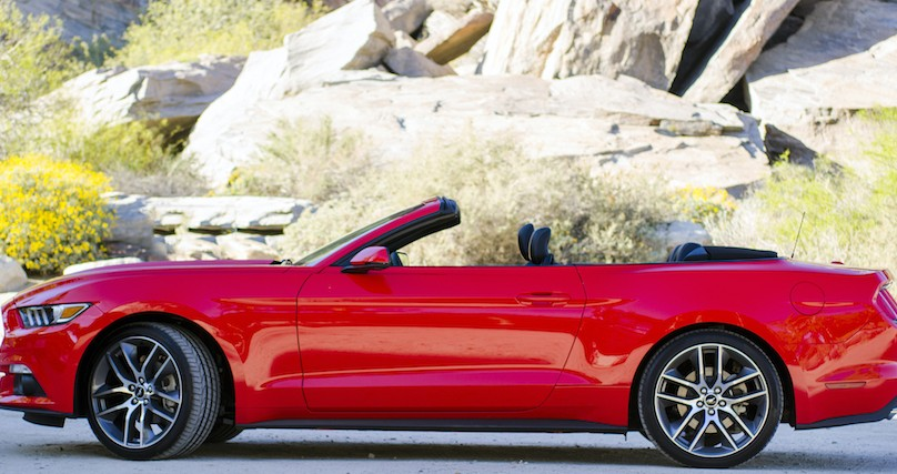 2015 ford mustang convertible. 2015 ford mustang convertible in palm springs california