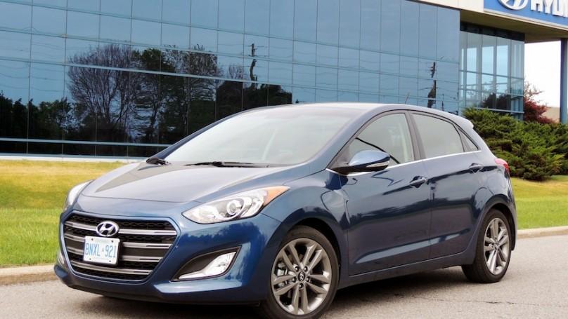 2016 Hyundai Elantra Gt Limited Review Wheels Ca