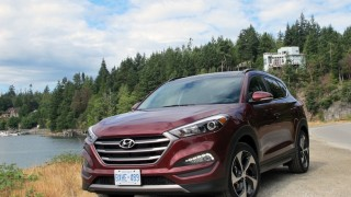 2016 Hyundai Tucson front