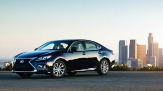 Lexus ES 300h Hybrid 2016