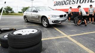 Bridgestone-Potenza pitstop copy
