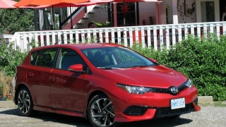 Scion iM 2016 main1