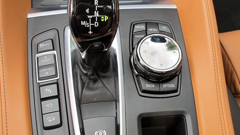 BMW X6 2015 controls