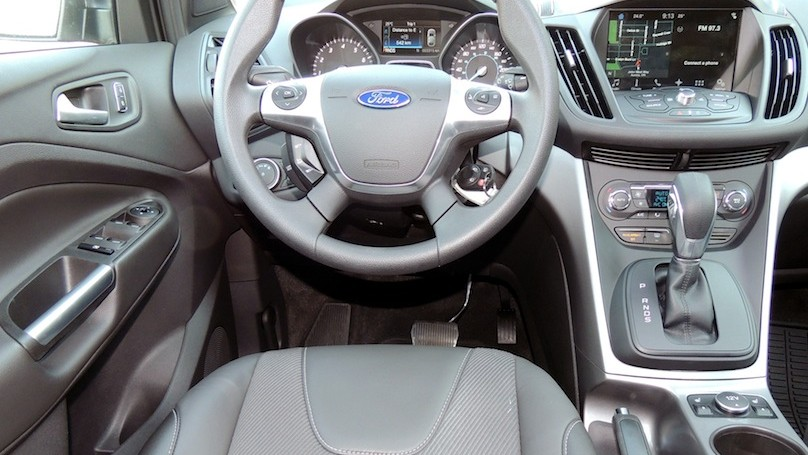 Ford Escape 2016 - interior