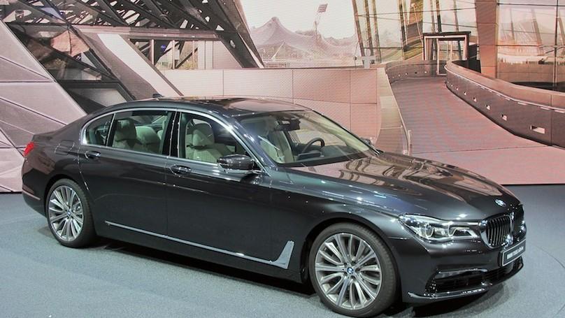 Frankfurt15 BMW 7 Series