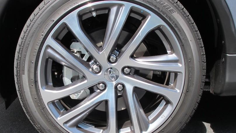 Infiniti QX50 2016 wheel