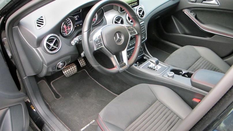 M-B GLA 45 AMG interior