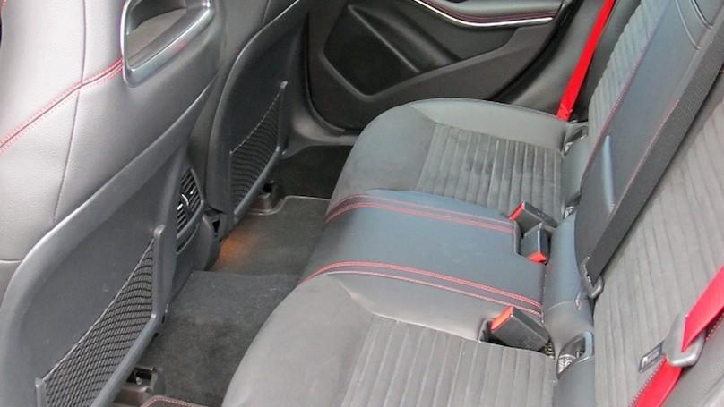 M-B GLA 45 backseat