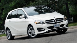 Mercedes-Benz B 250 4MATIC-main
