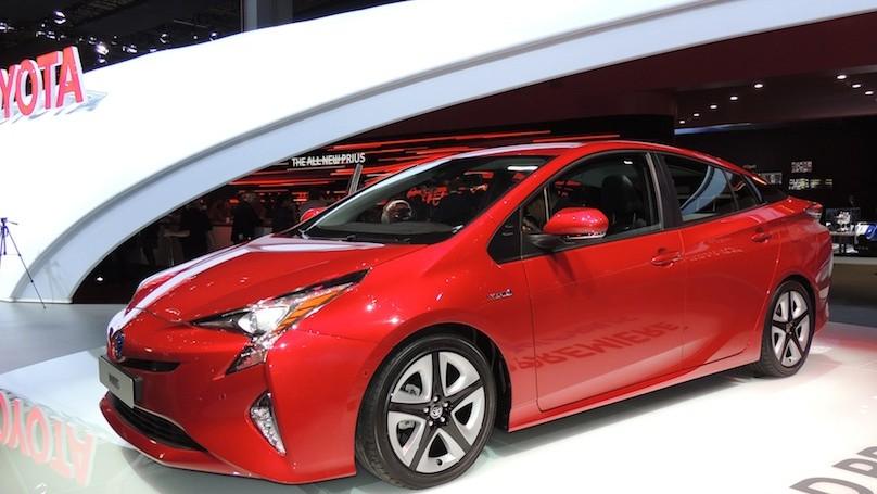 Toyota Prius 2016 - front