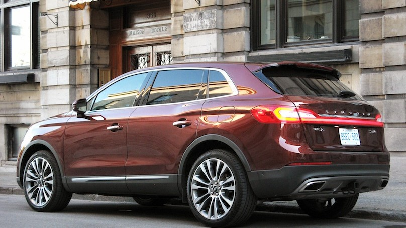 Lincoln MKX 2016-rear