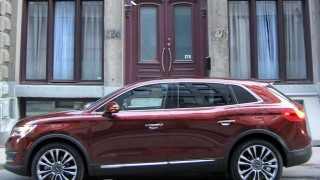 Lincoln MKX 2016-side vertical
