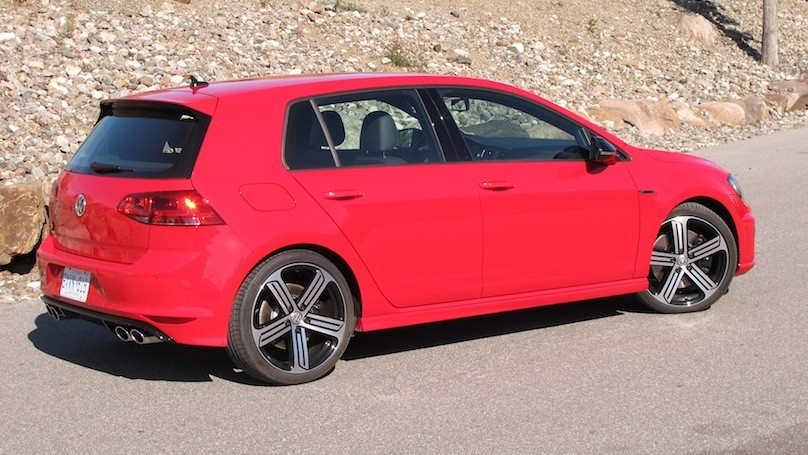 2016 Volkswagen Golf R Review – WHEELS ca