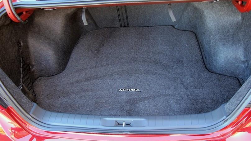 Nissan Altima 2016 cargo