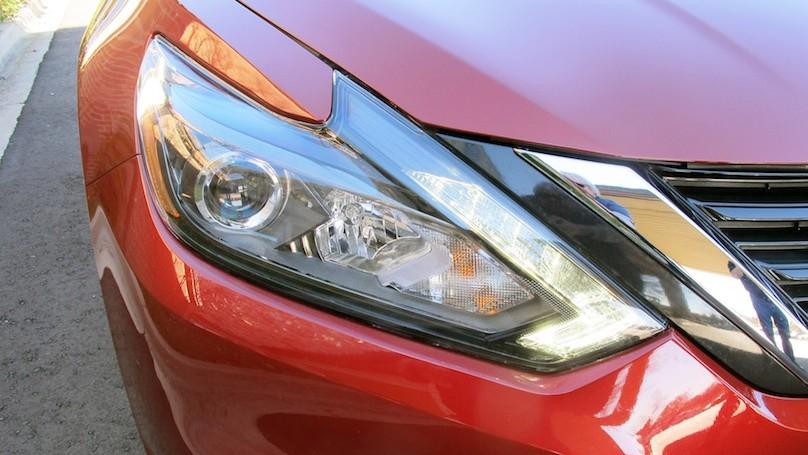 Nissan Altima 2016 lights