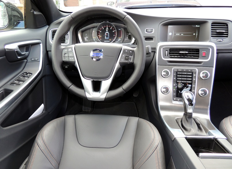 2016 Volvo S60 Cross Country Review – WHEELS.ca