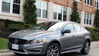 Volvo S60 Cross Country 2016-main